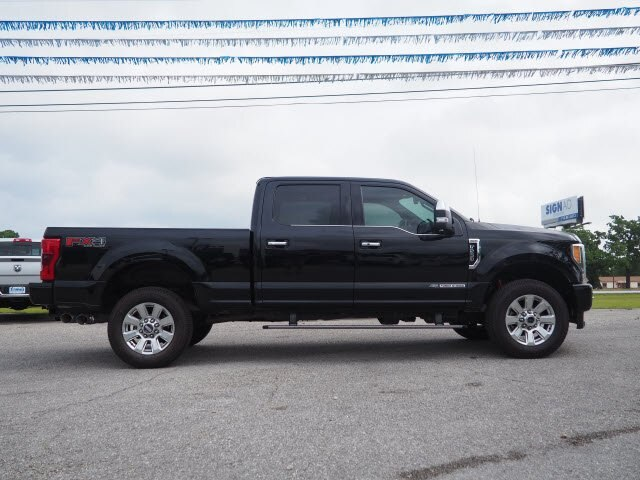 Pre-Owned 2017 Ford F-250 Platinum