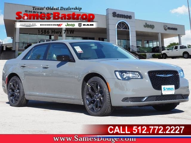 New 2019 Chrysler 300 Touring Sedan In Cedar Creek Kh565150 Sames