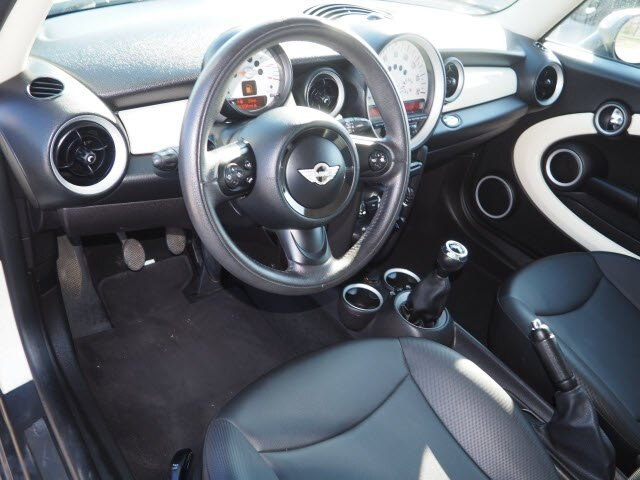 Pre-Owned 2013 MINI Hardtop Cooper